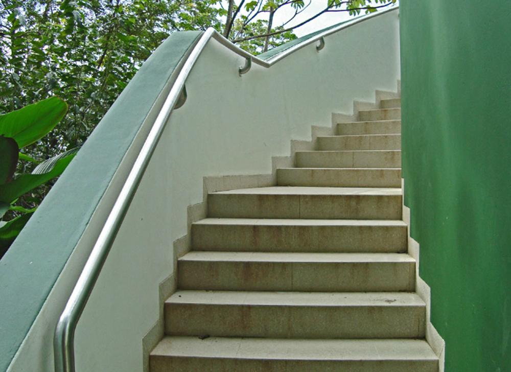 Escaleras en acero inoxidable